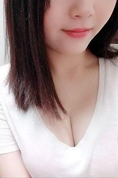 メンズエステ Tatta-タッタ-:山田梨奈 プロフィール
